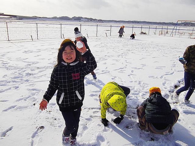 01_雪遊び